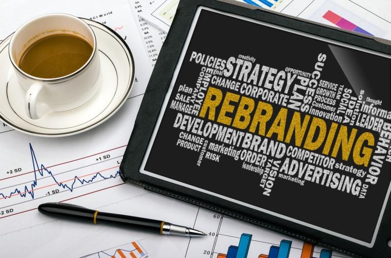 Webinaire SafeBrands différé: Rebranding ou lancement d'un produit : La stratégie commune de la marque et des noms de domaine.